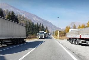 Se bloccata sulla Maddalena, al posto di 40 camionisti, ci fosse stata una scolaresca?