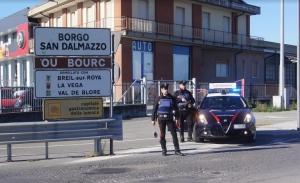 Francese denunciato per il reato di porto di oggetti atti all'offesa