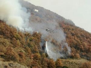 L'incendio in valle Stura non desta preoccupazione