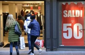 La merce acquistata nei saldi si può cambiare o no?