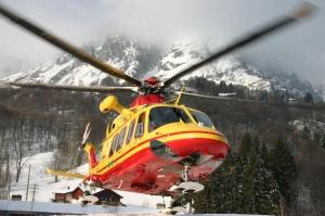 Ragazzo 15enne si infortuna sulle piste da sci