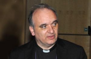 Monsignor Marco Brunetti: 'Peccato non sia stato approvato lo ius soli'
