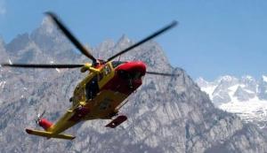 Cinque scialpinisti travolti da una valanga in val Maira