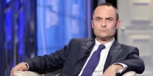 Enrico Costa 'cambia casacca' e (ri)entra in Forza Italia