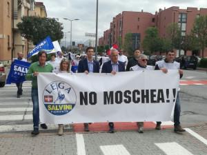 La Lega Nord: 'Non è un centro culturale, ma una moschea'