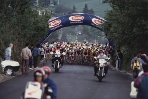 #GiroinGranda: 1995, le slavine cancellano il colle dell'Agnello