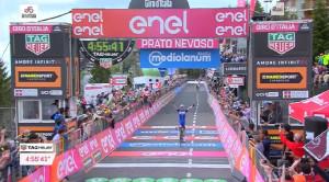 Prato Nevoso parla tedesco: Schachmann trionfa nella diciottesima tappa del Giro