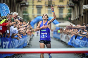 Corsa in Montagna: folla a Saluzzo per la prima tricolore