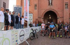 Più di cento ciclisti alla prima edizione della 'Classica delle Langhe'