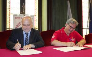 Alba: firmata la convenzione tra il Comune e il comitato locale della Croce Rossa