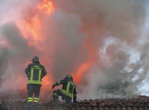 A Roata Chiusani 250 mq di tetto distrutti da un incendio