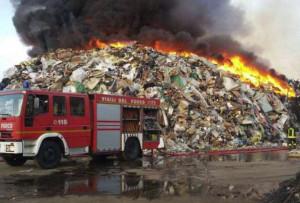 Piemonte: in aumento gli incendi negli impianti di trattamento dei rifiuti