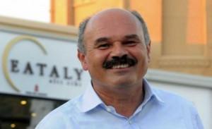 Oscar Farinetti alle 'passeggiate letterarie' della Fondazione Mirafiore