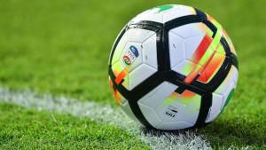 Espulso per insulti all'arbitro, lo colpisce con uno sputo: squalificato fino a luglio 2019