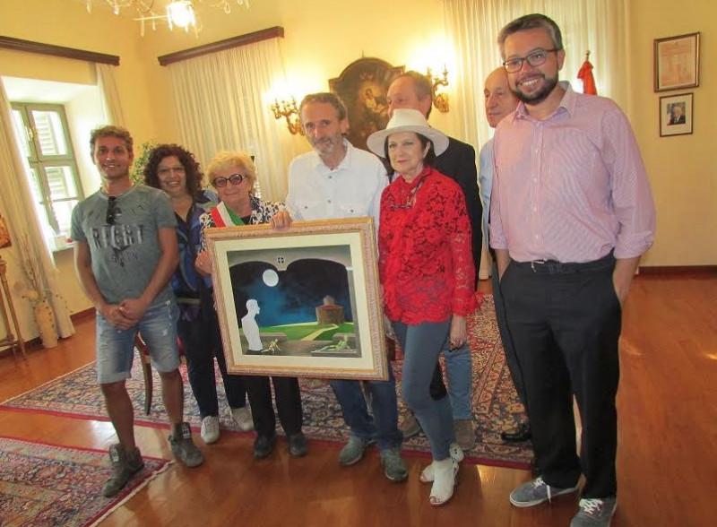 Il pittore Gotta ha donato un quadro alla biblioteca di Bra