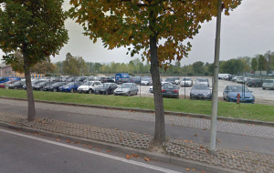 Alba, durante la fiera del Tartufo parcheggi anche nell'area recintata di piazza Prunotto