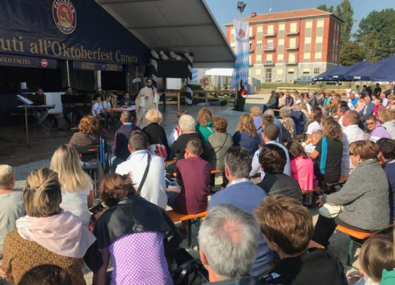 Successo di pubblico e famiglie per il primo weekend dell'Oktoberfest Cuneo
