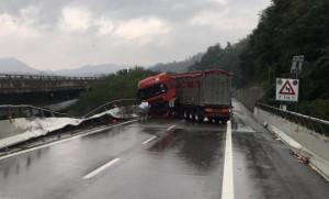 Incidente sulla A6: autostrada chiusa tra Ceva e Millesimo
