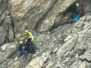 Due escursionisti bloccati da una nevicata a 3 mila metri