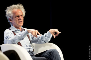 """Federico Rampini a Cuneo per """"Spotlight. Luci che accecano, realtà invisibili"""""""