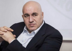 La Camera respinge le dimissioni di Guido Crosetto