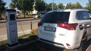 Alba ha la sua prima colonnina pubblica per la ricarica di auto elettriche