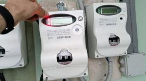 Con un magnete falsifica il conteggio dell'energia elettrica consumata: denunciato