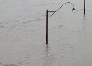 Maltempo: il Po sotto osservazione, strade chiuse nel Saluzzese