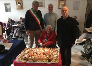 Limone Piemonte festeggia i 103 anni di Valeria Vianello