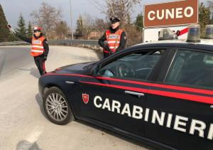 Rubava il carburante dal deposito comunale: arrestato dipendente del Comune di Peveragno