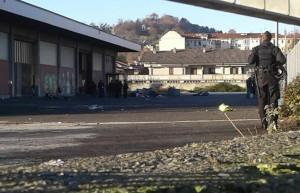Saluzzo: sgomberato un capannone occupato da una decina di migranti