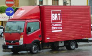'Ladri a bordo di un furgone rosso TNT': la fake news è virale in provincia di Cuneo
