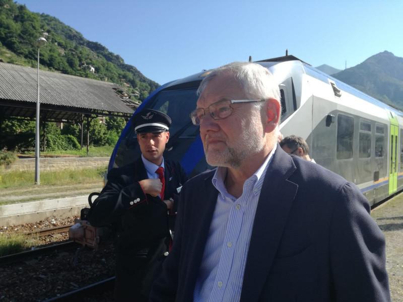 Brutte notizie per la Cuneo-Ventimiglia: treno a 10km/h nella galleria Paganini