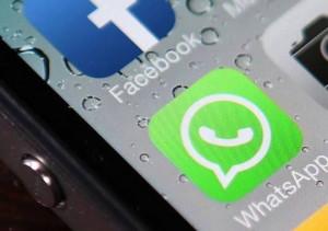 Segnalare su una chat di Whatsapp la presenza di posti di blocco è illegale