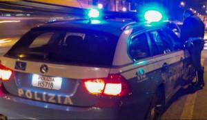 Derubavano le clienti dei supermercati della città: arrestati in due