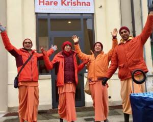 A Cuneo i monaci Hare Krishna del Centro Culturale di Torino