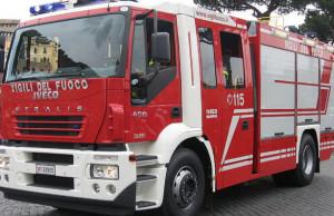 Scontro auto-furgone a Boves, lievemente feriti madre e figlio