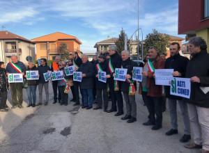 Continua la protesta per l'Asti-Cuneo: stamane sit-in alla Salita del Bergoglio a Cherasco