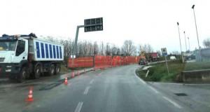 Chiusura totale della strada provinciale 7 per lavori verso l'ospedale di Verduno