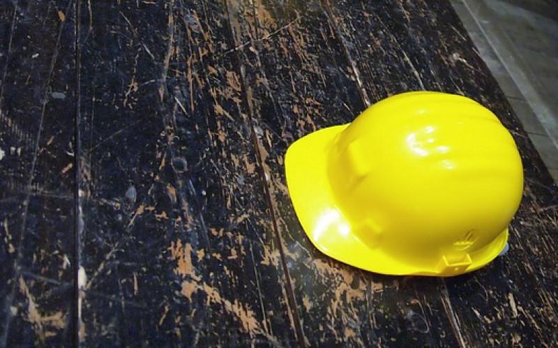 Ancora una morte bianca in provincia di Cuneo: uomo cade dal tetto a Roccaforte Mondovì