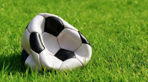 Insulti, schiaffi e anche minacce di morte: tutto il peggio del calcio cuneese