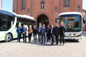 Alba: presentati due nuovi autobus elettrici per la città