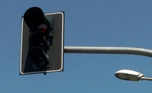 Bra, spento temporaneamente il semaforo tra corso IV Novembre e via Cuneo