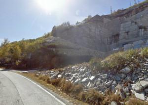 Dall'8 aprile divieto ai mezzi pesanti sulla provinciale tra Bagnolo e Montoso per lavori di asfaltatura