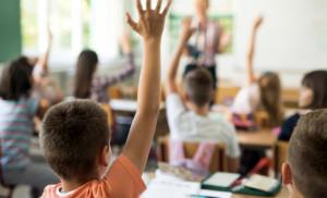 Diritto allo studio: apre il bando per il nuovo voucher scuola della Regione