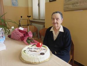 Cherasco festeggia i 102 anni di Maria Tuninetti