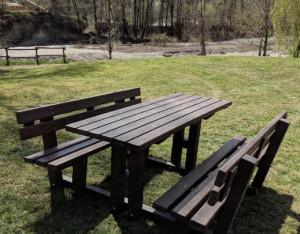Al Parco fluviale Gesso e Stura nuovi arredi in plastica riciclata