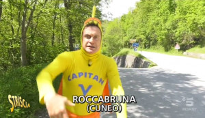 Striscia la Notizia alla 'salita in discesa' di Roccabruna