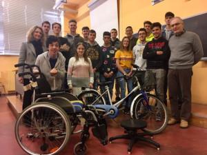 I ragazzi della 4^A dell'Itis impegnati a mettere la tecnologia al servizio dei disabili