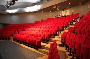 Domenica sera al Teatro Civico di Busca una nuova commedia de 'I mangiatori di nuvole'